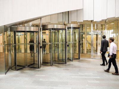 Boon-Edam-Tourlock-high-security-revolving-door-Entrance Lobby
