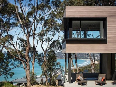 Building exterior with DecoClad non combustible aluminium cladding Lorne House