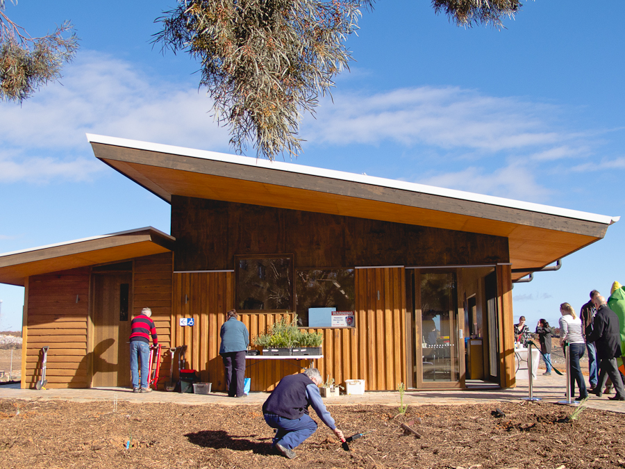 Mildura Eco Living Centre By Eme Design Wins 2016