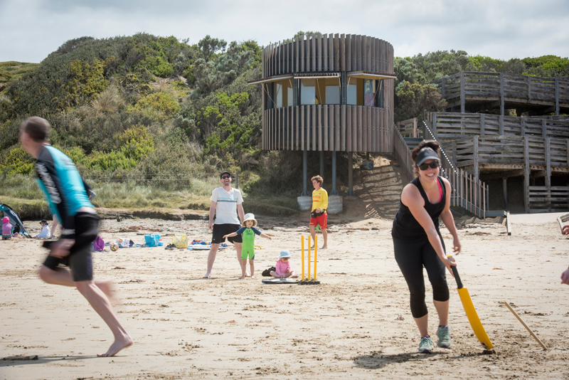 Smiths Beach Surf Lifesaving Tower environment