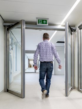 Assa Abloy Entrance Systems Swing door insitu