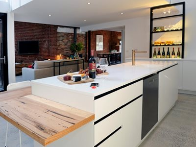 Corian Charging surface residential kitchen