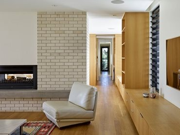 Crevole bricks were also chosen for their structural and textural qualities