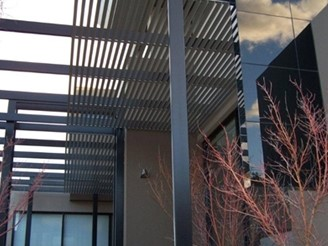 COLORBOND-Steel-and-Aluminium-Slatting louvres sunshade Superior Screens