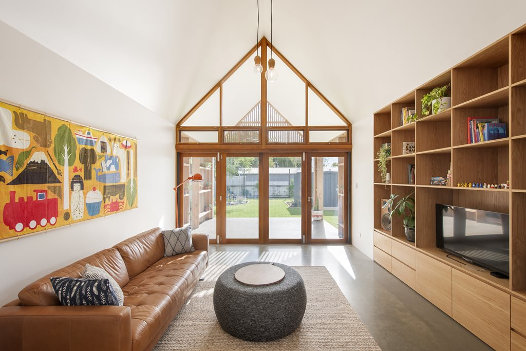 Adelaide Home Extension Explores Vernacular For Modern Day