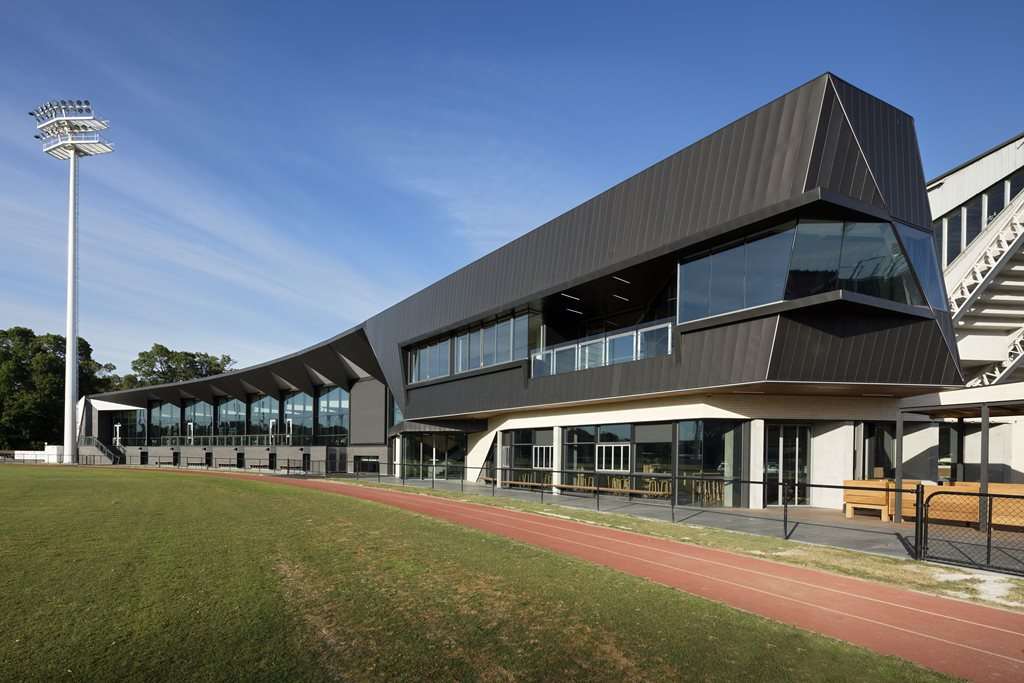 Material Choices Accentuate Architectural Features At The Glasshouse Collingwood Architecture