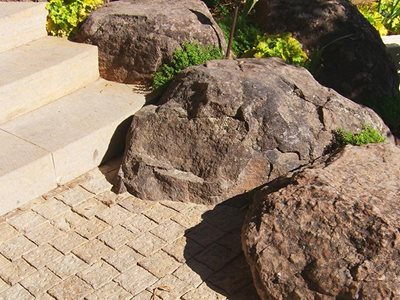 Rhodes Architectural Amande Limestone outoor pavers