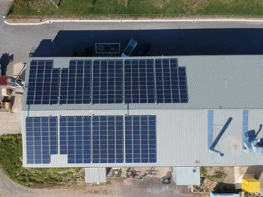 The system uses quality WINAICO solar panels