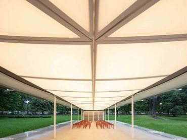 Murcutt's pavilion design reflects his longstanding interest in linear buildings