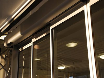 Detailed product image of telescopic sliding door