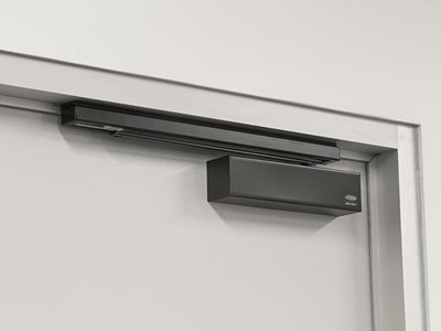 Lockwood Door Closer Matte Black Insitu Closed