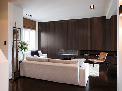 Enhanced Veneer Oak Smoked Robusta Living Room