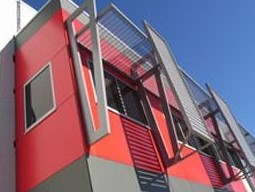 COLORBOND® steel and aluminium slatting, louvres, & lattice from Superior Screens