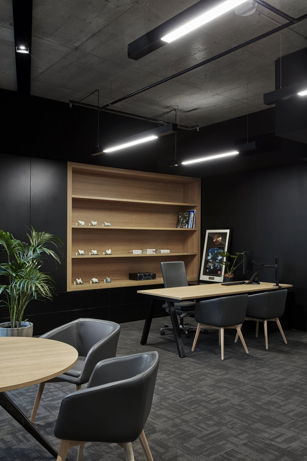 Japanese design language and high performance workspaces for Office design language