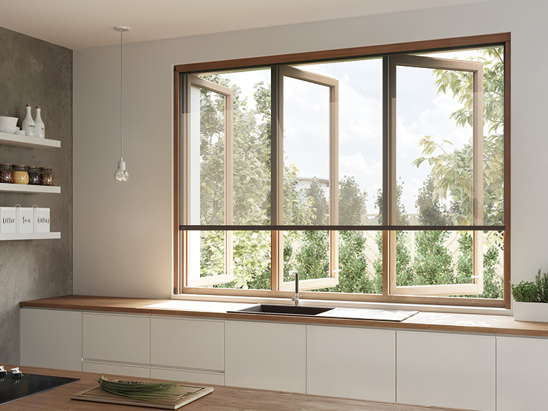 Centor S5 screen and blind for timber windows