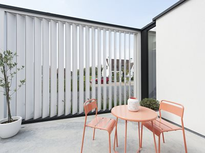 LourvreTech Rectangular White Louvres on Outdoor Patio