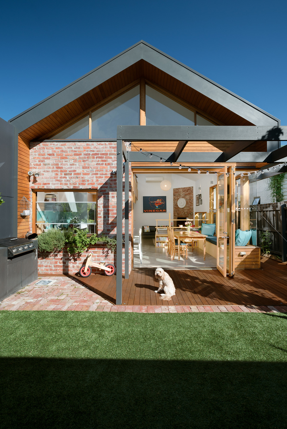 smart-home-green-sheep-collective-sustainable-architecture-706768d2-1.jpg