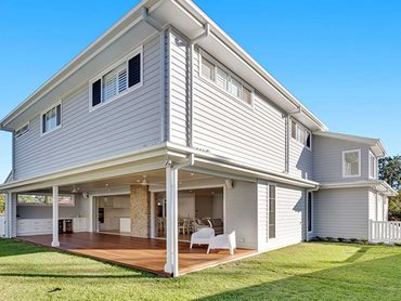 Linea weatherboard is perfect for a Hamptons style home