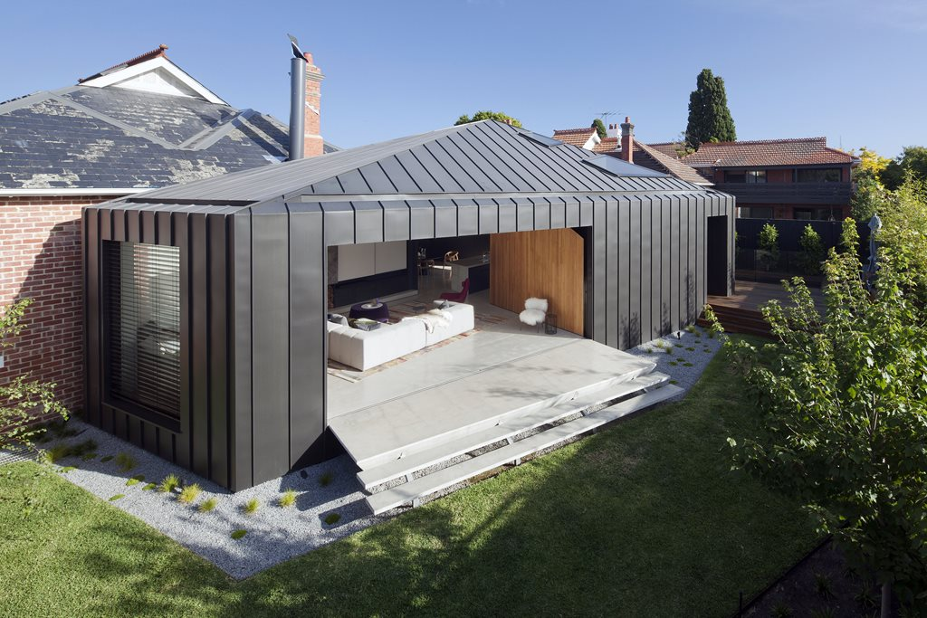 Zinc Clad Addition To Heritage Dwelling With Secret