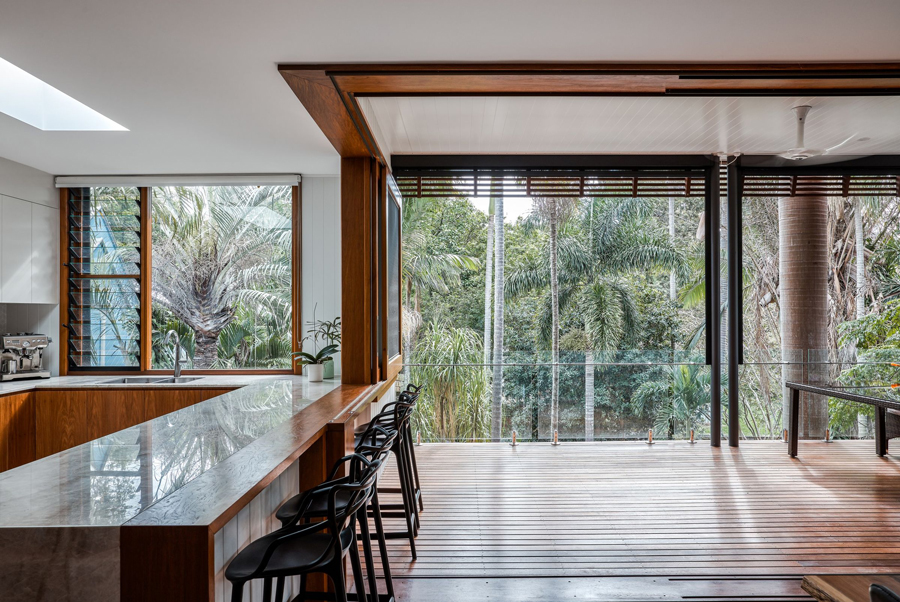 queenslander-the-threshold-between-the-kitchen-living-and-outdoor-space.jpg