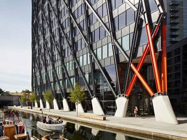 Brunel Building in London featuring an exoskeleton on structural steel columns and beams coated in FIRETEX FX6000 Series and Acrolon polyurethane topcoat.
