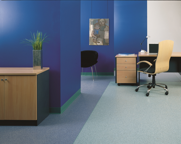 ARDEX floor levelling & repair mortars - a flat subfloor is essential for every floor covering