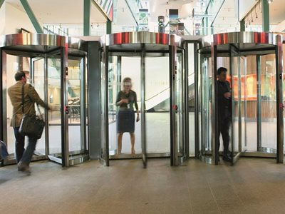 Boon Edam Tourlock high security revolving door