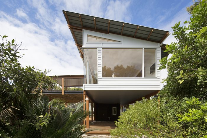modern sustainable coastal architecture beach house mcmasters beach