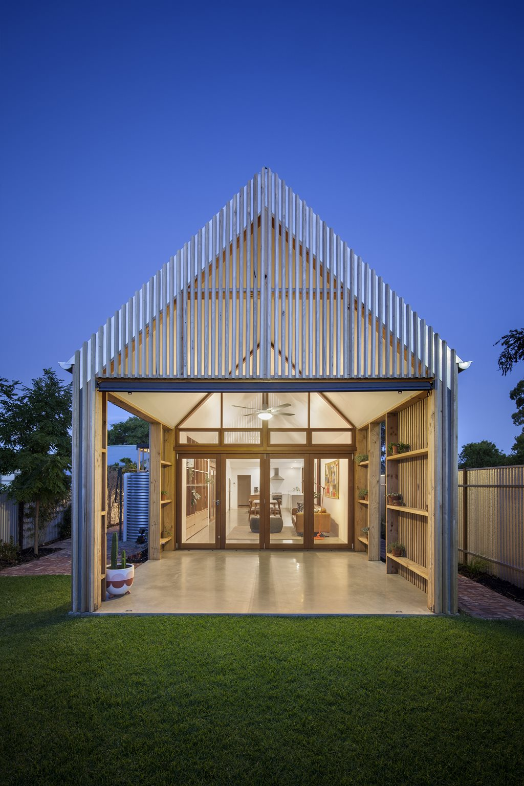 Adelaide home extension explores vernacular for modern day for Adelaide residential architects