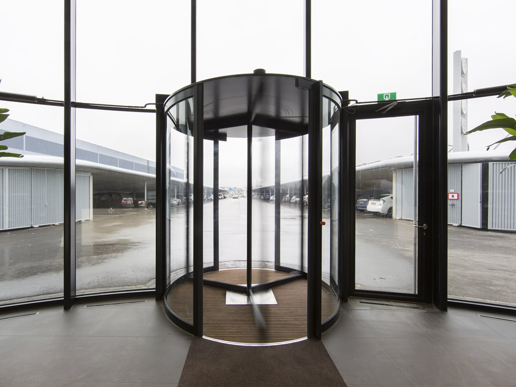 Boon-Edam-Tourniket-Revolving-Door Black Frame