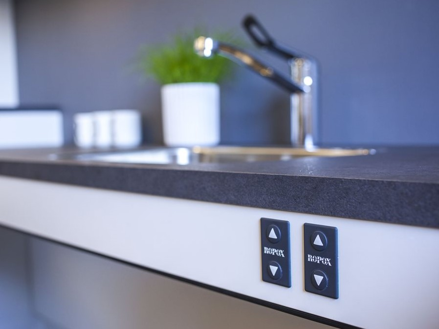 Ropox Height-adjustable kitchen systems for independent living
