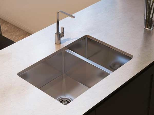 Squareline Plus kitchen sink