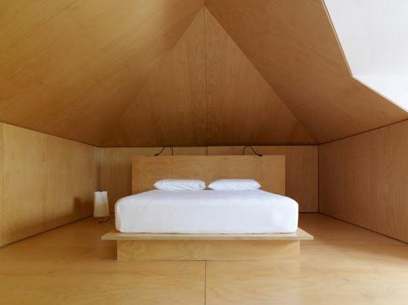 Bedroom 1 b134c53d
