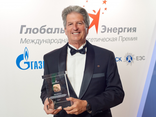 Australian solar expert awarded Global Energy Prize in Moscow. Image: UNSW