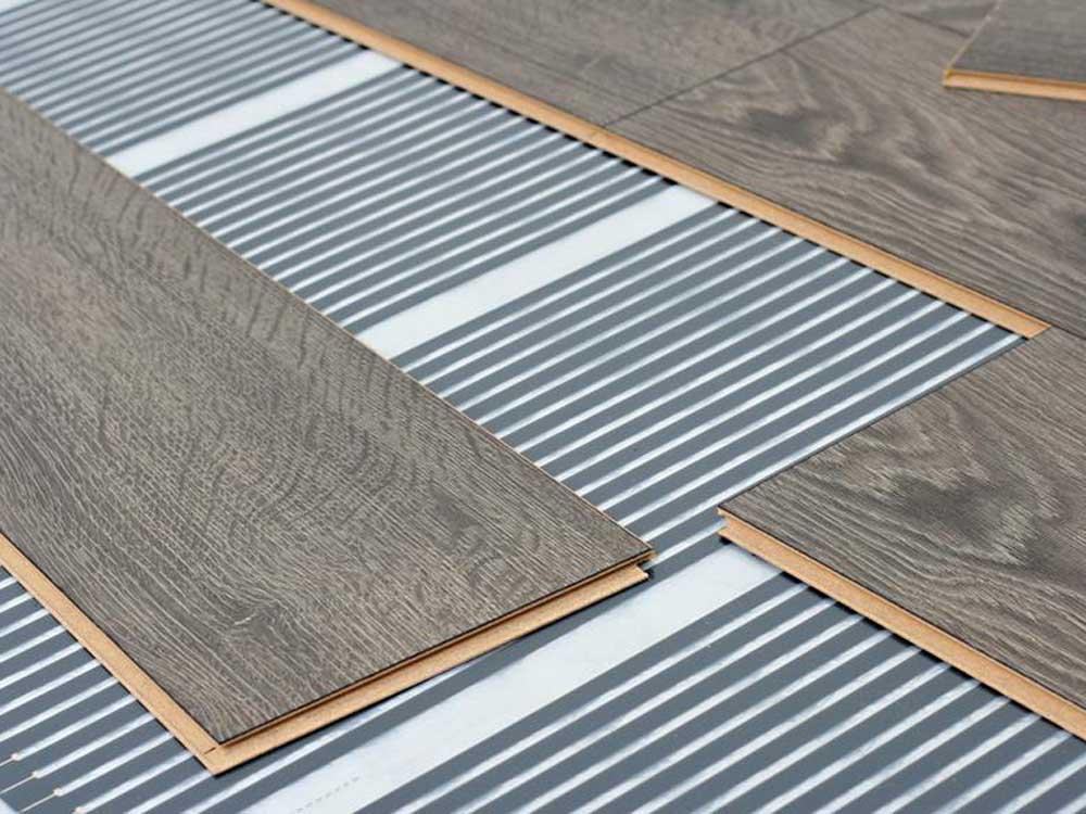Best Flooring For Underfloor Heating, What Is The Best Underlay For Laminate Flooring With Underfloor Heating