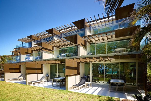 Shipping container house wins major architecture award for for Beach house designs sunshine coast