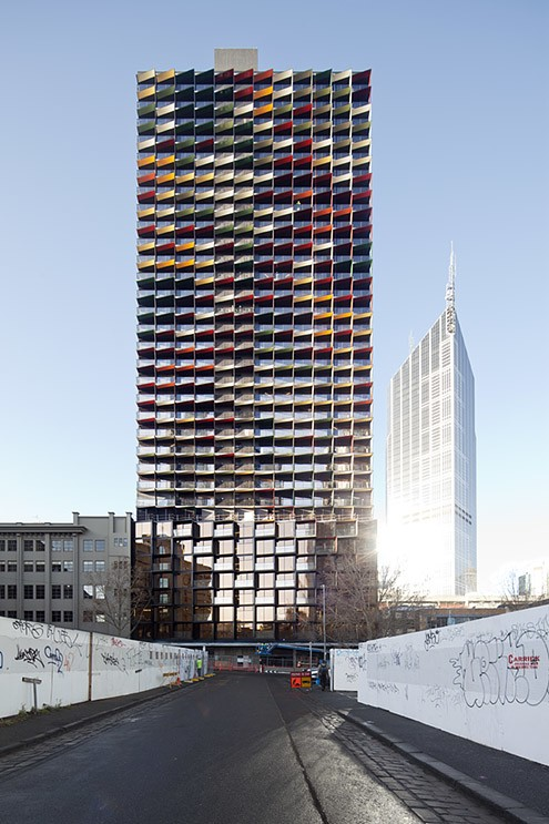 a beckett tower wins 2011 dulux colour award
