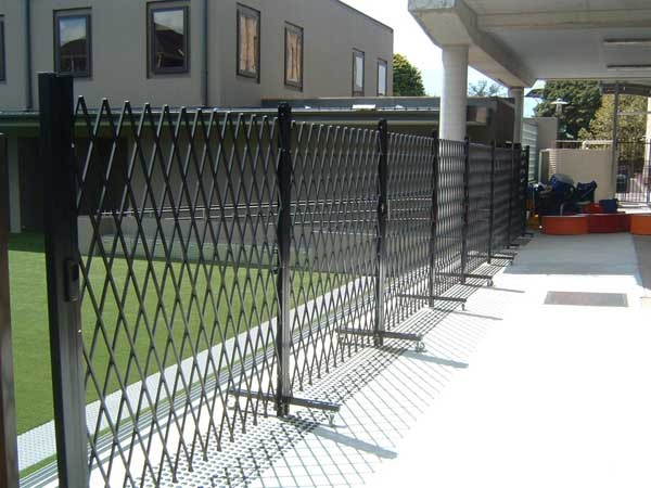 ATDC's mobile trackless portable barrier becomes the first product of its kind to successfully cross over to the Temporary Fencing Industry