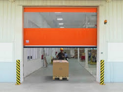 Rapid roll doors for beverage wholesalers