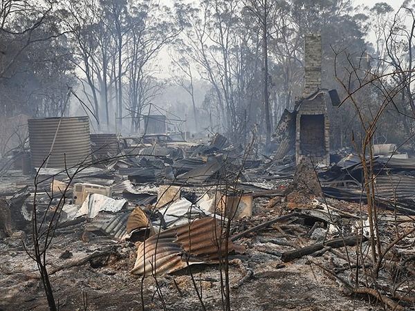 Architect's Assist in rebuilding Australian bushfire ravaged homes