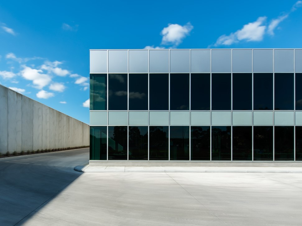 Why Solar Responsive Thermochromic Glass Is The Glass For