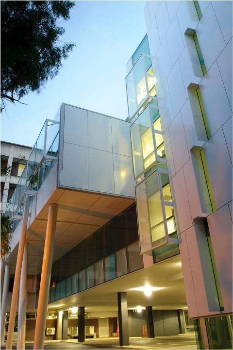Adelaide Shows Off Australia 39 S First 5 Green Star Hospital