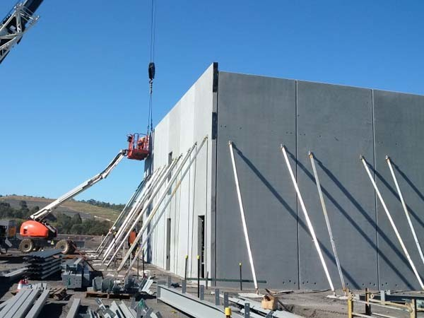 8 Ways Precast Panels Can Save Time And Money In