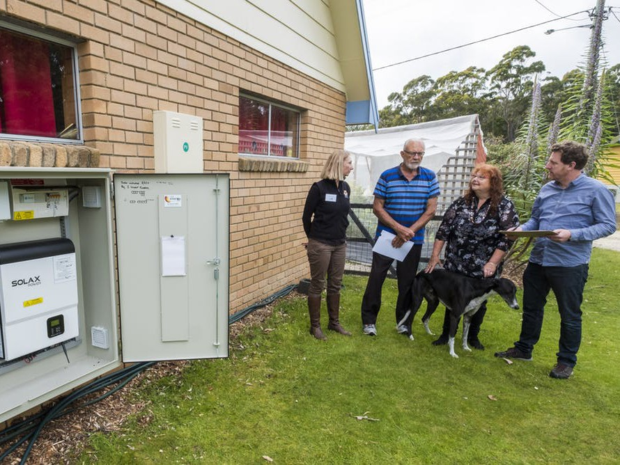Researchers talk to Bruny Islanders who have signed up to an experimental new method of managing energy. Photography by Chris Crerar