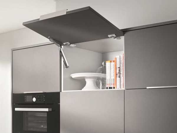 AVENTOS HK-XS: the economical compact stay lift fitting with a sleek and narrow design. (Photo by Blum)