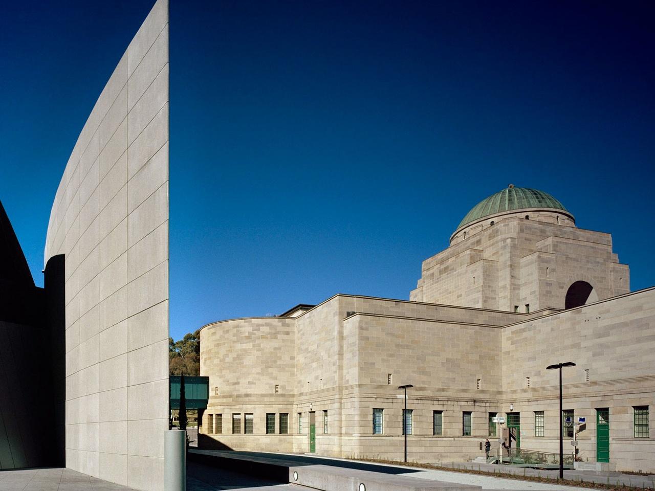 Australian Architects Condemn War Memorial Rebuild