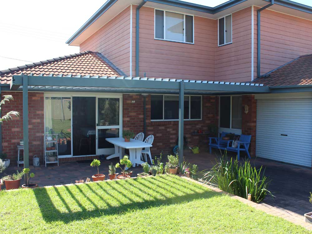 Vergola features the superior Australian-made BlueScope Colorbond