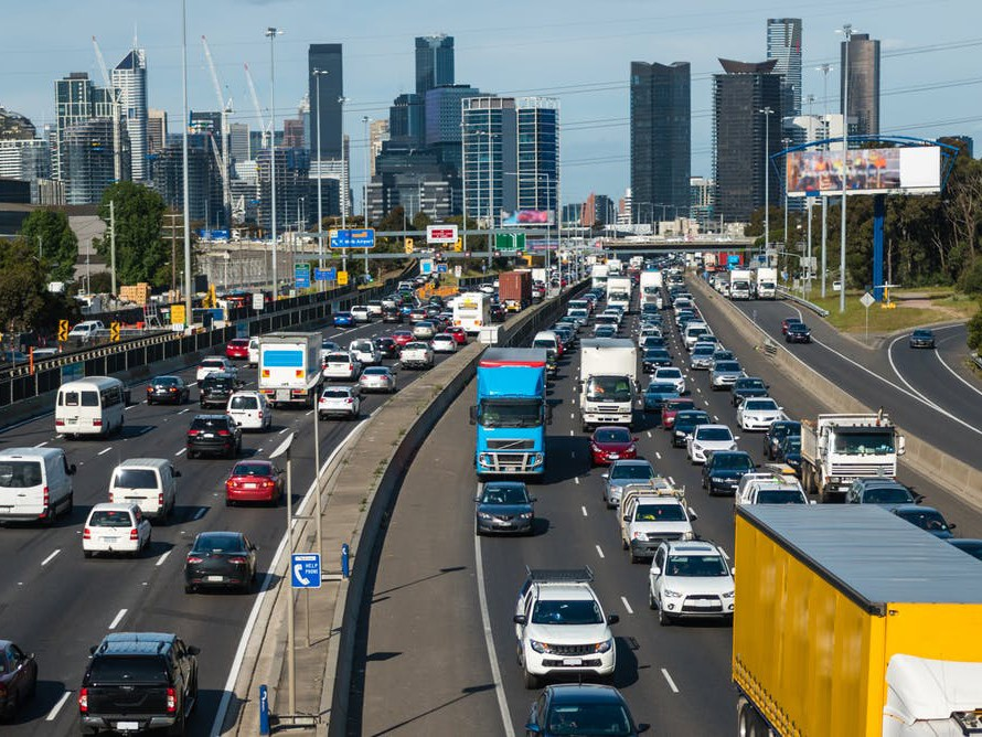 A trial of 1,400 drivers across Melbourne suggests time-of-use charges can be effective in easing traffic congestion. Image: Shutterstock
