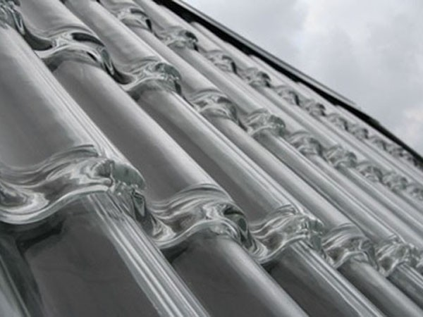 GLASS ROOF TILES BY SOLTECH