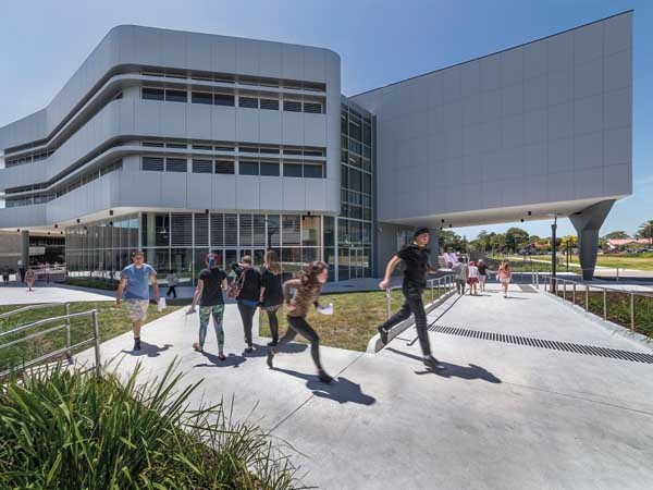 Chisholm Institute's START Trade Training Centre designed by Gray Puksand